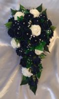 ARTIFICIAL FLOWERS IVORY/NAVY FOAM ROSE BRIDE CRYSTAL WEDDING SHOWER BOUQUET